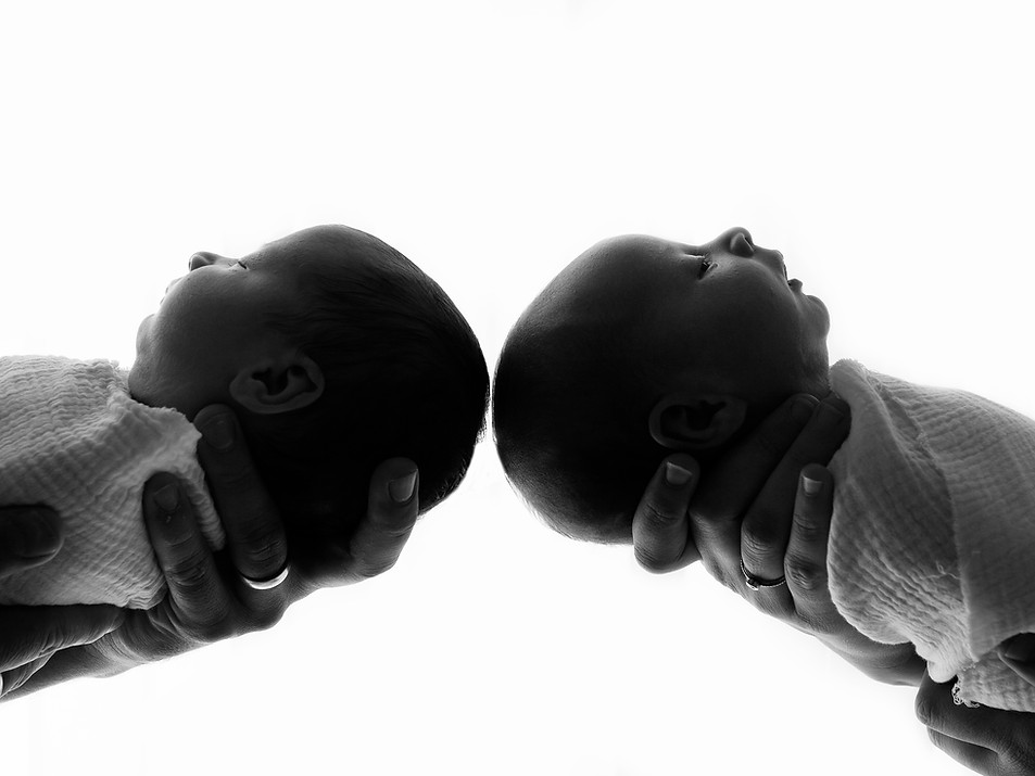 newborn twin babies black and white photos