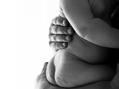 baby black and white dad photo shoot