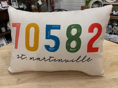 70582 Throw Pillow