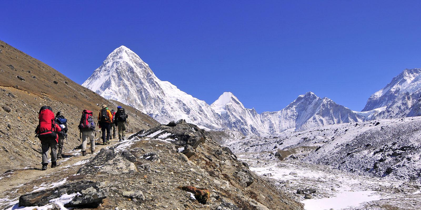 PŘÍPRAVY NA TREK V NEPÁLU (Nepál d6d58dabb39