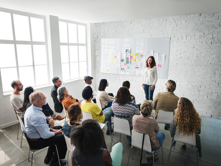 Top 10 Reasons Why You Should Hire a Professional EOS® Implementer
