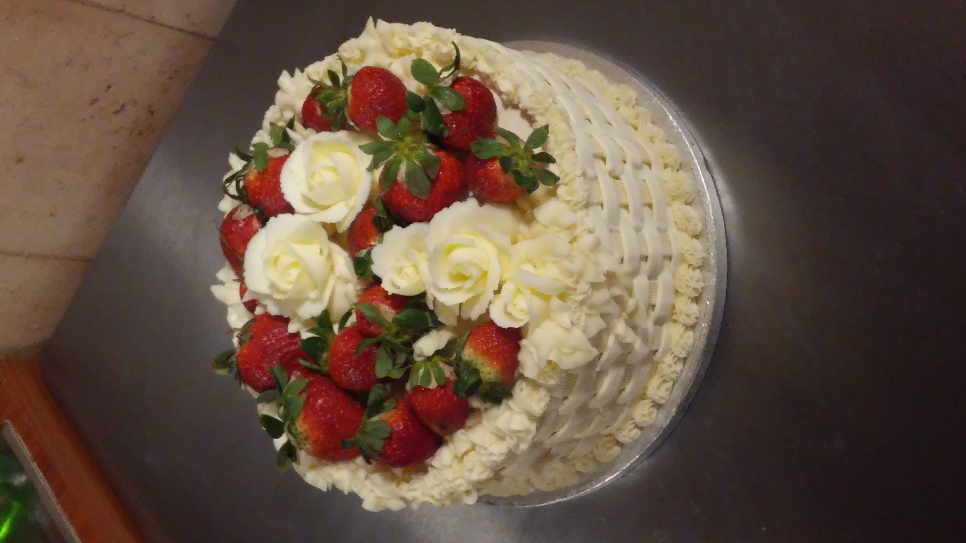 Strawberry Lattice Cake