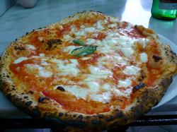 Pizza Margherita, Napoli