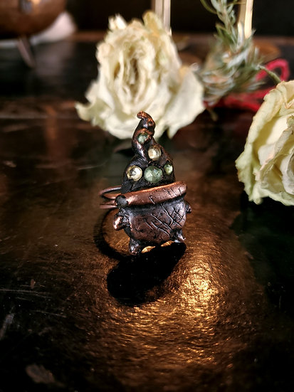 Cauldron Ring Size 6
