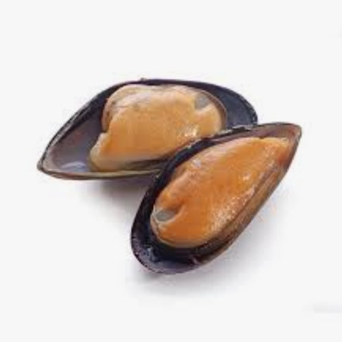 1kg Large Steamed NZ green lipped mussels (half shell)