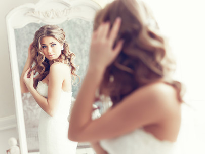 Four RUNNING LISTS every bride should maintain at all times!
