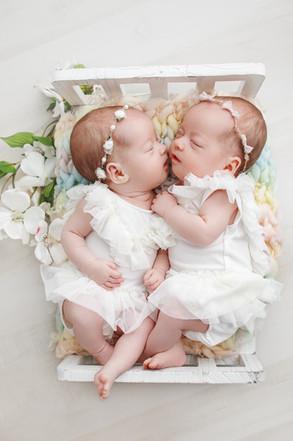 Cora&Kylie9558.jpg
