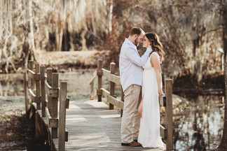 couples photography the woodlands. engagement photographer the woodlands