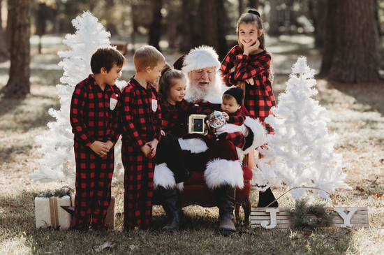 pictures with santa the woodlands