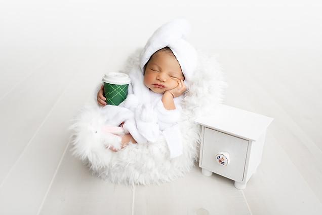Newborn Photographer in The Woodlands TX