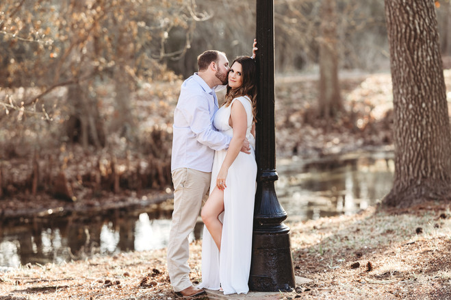 engagement pictures in the woodlands tx.