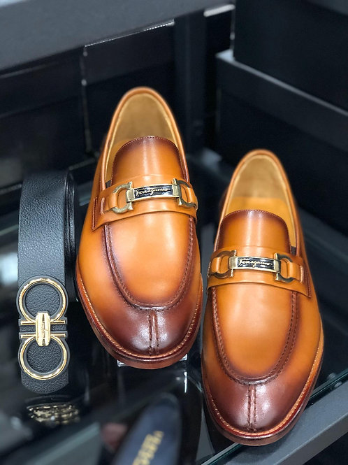 Salvatore Ferragamo (chaussure + ceinture)