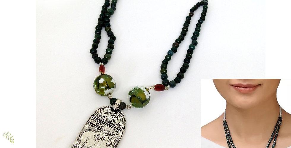 Semi Precious necklace with oxidise pendant