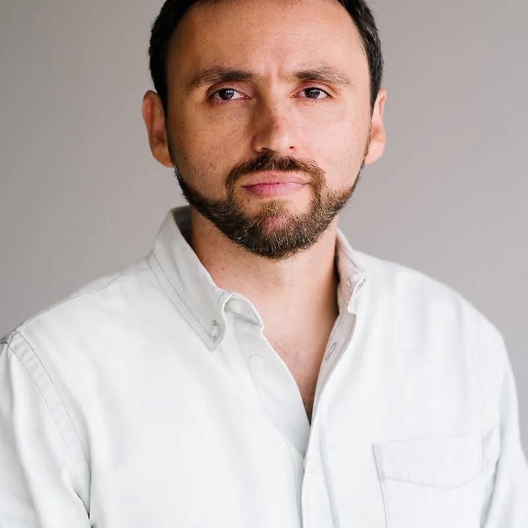 We are hosting Juan Montoya - Chief Cobuild Officer and Cofounder at Rokk3r,