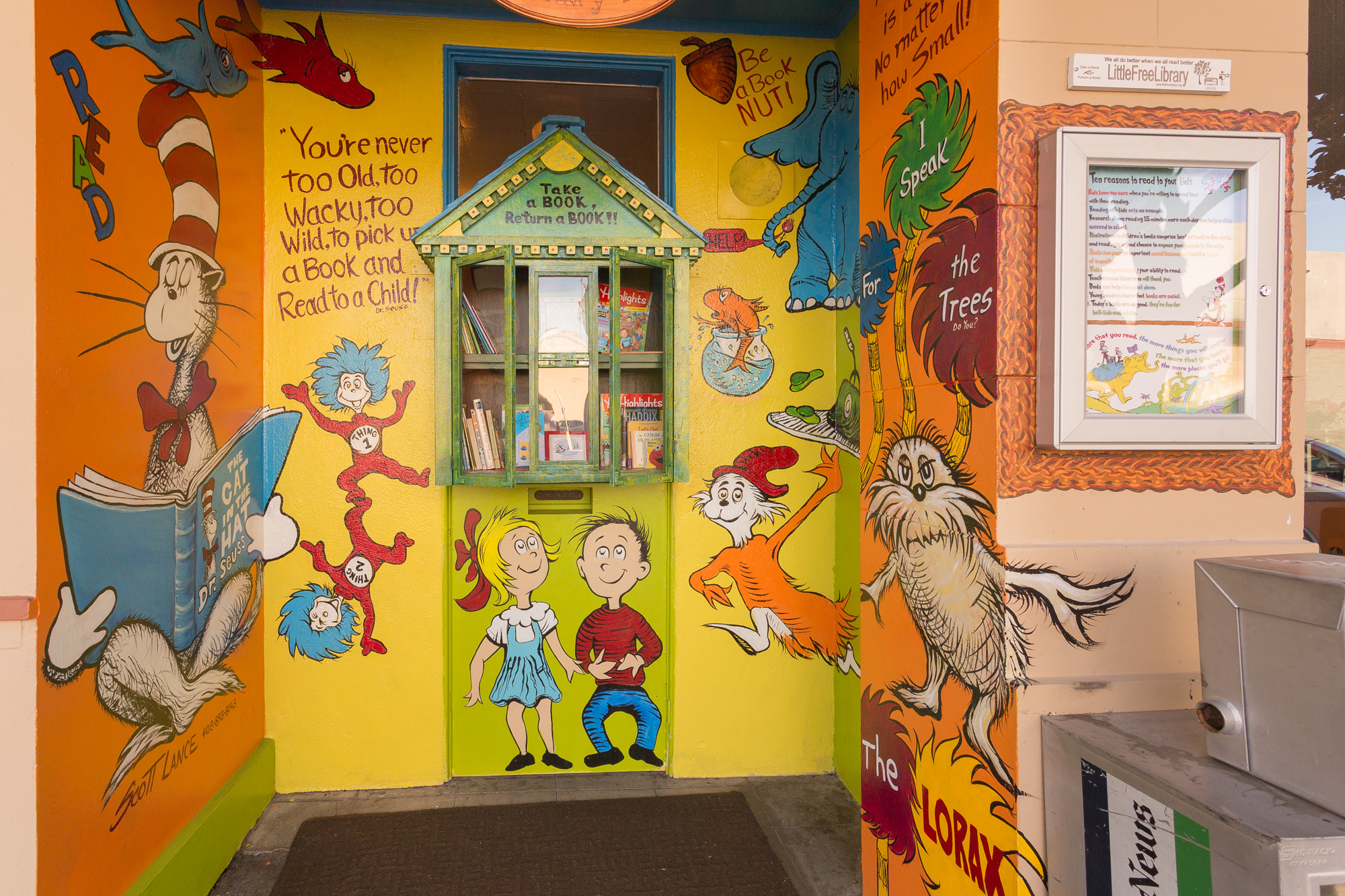 Tiny Free Library Mural, Gilroy
