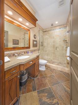 AK_SLCAK_bathroom3