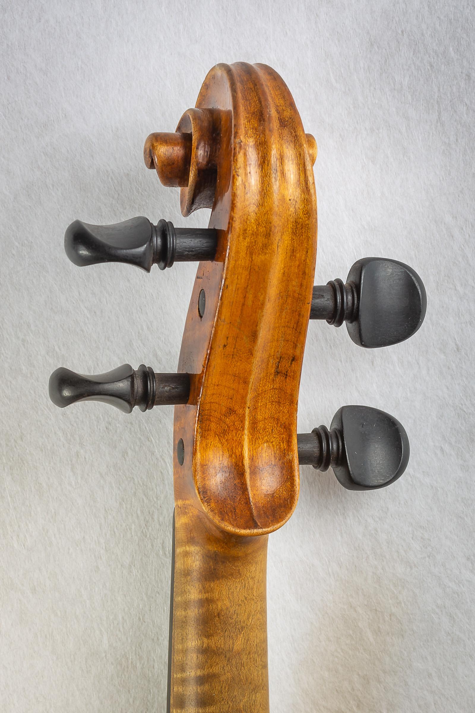 Violin025