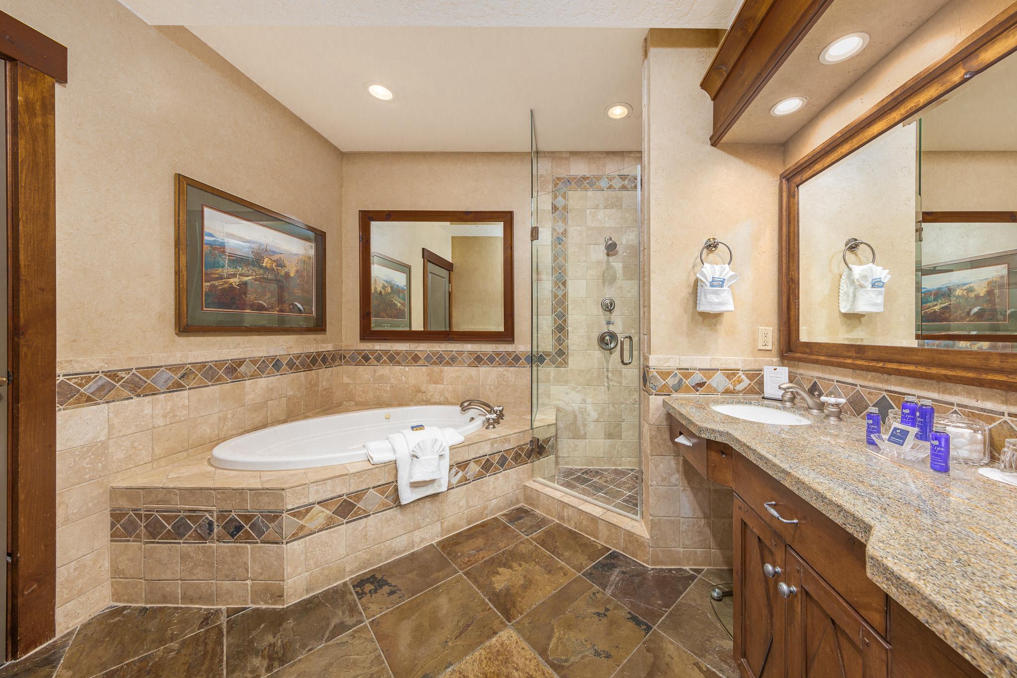 AK_SLCAK_bathroom1