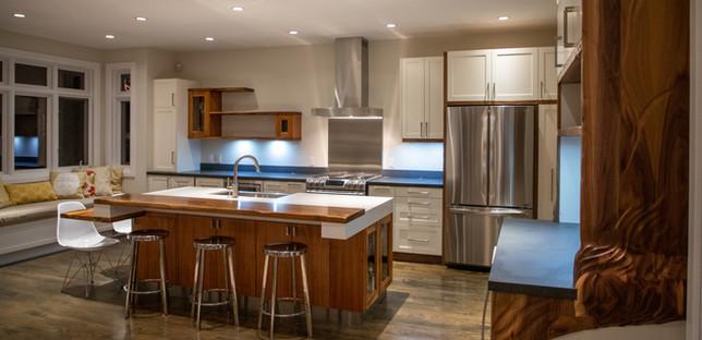 kitchen wide 7_edited.jpg