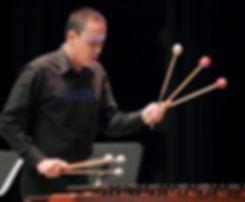 Jhon Ciro percusión