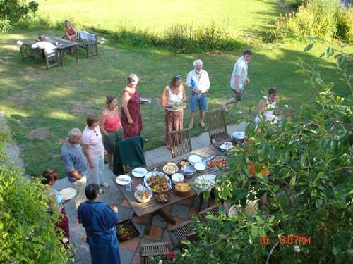 outdoor_buffet