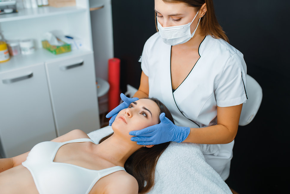 cosmetician-and-female-patient-on-treatm