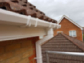 Ogee white fascia, plain soffit and white square gutters