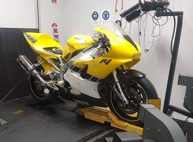 Early R1 on the dyno for race prep