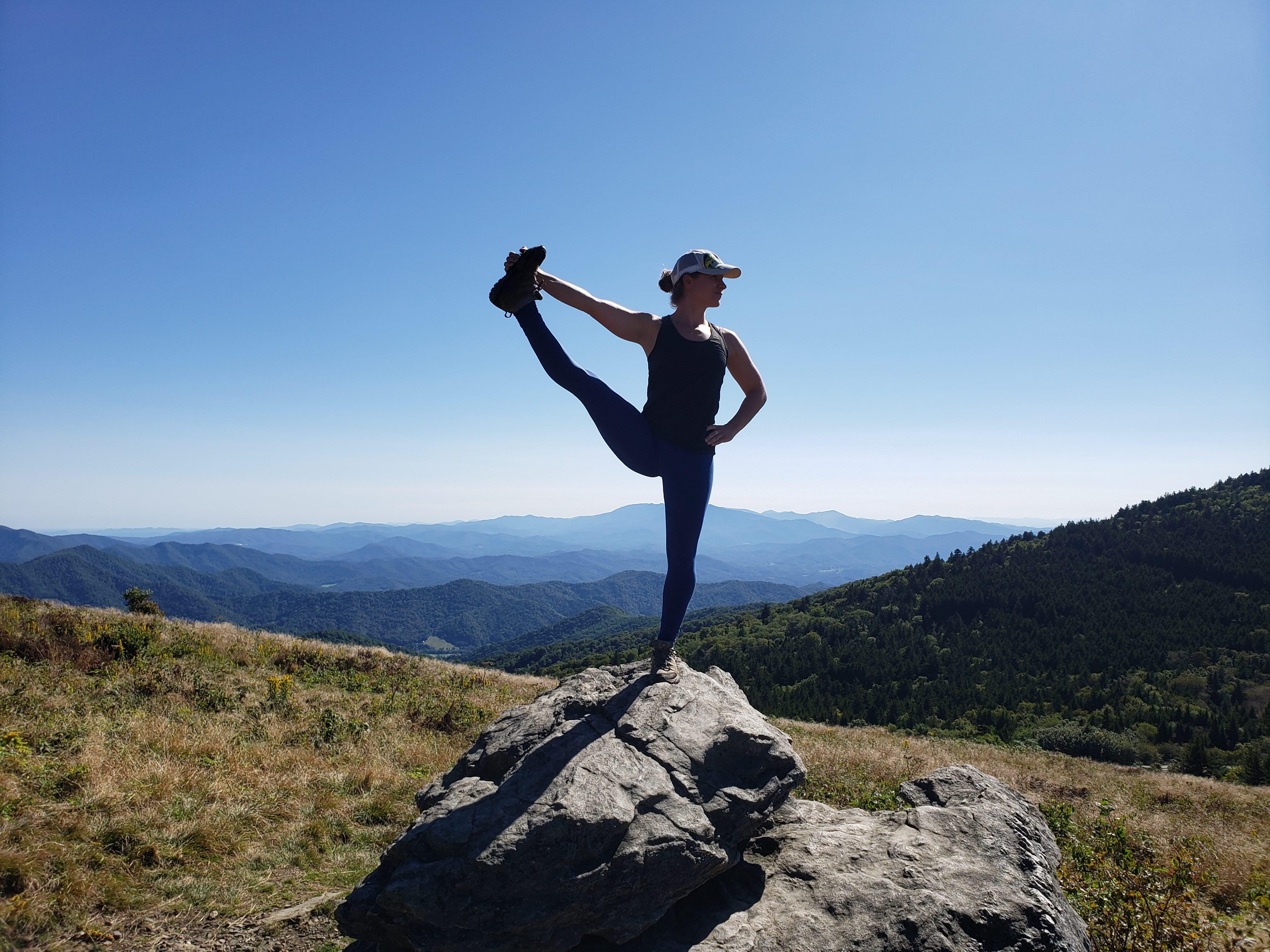 Vinyasa Yoga 10:00am-11:00am