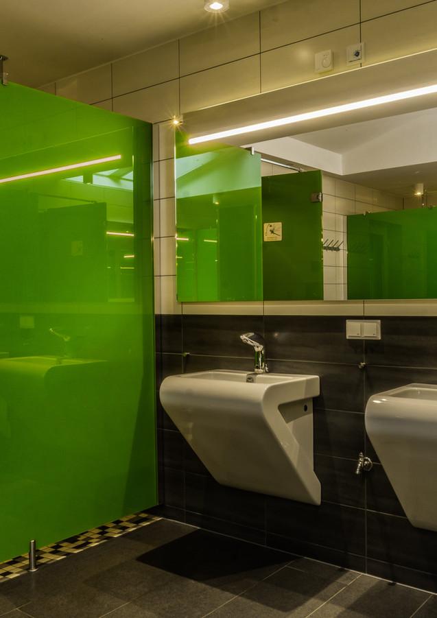 Sanitärgebäude Duschraum