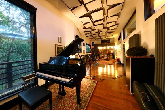 Airlock Studios