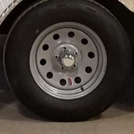 ST235/80R16 LRE  16x6-8-6.5 steel wheel