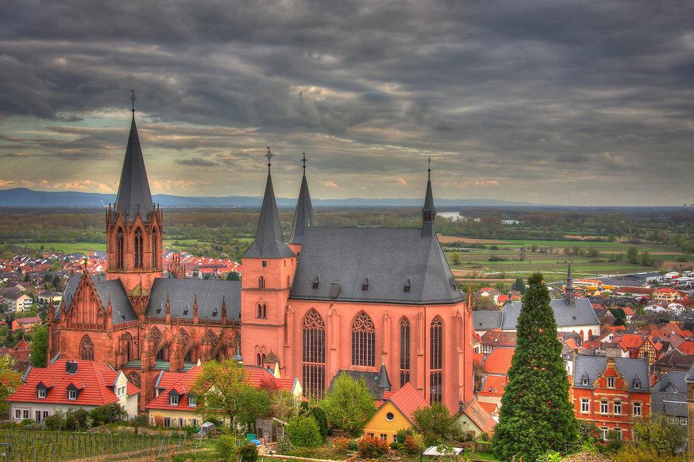 oppenheim-2295048.jpg