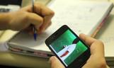 Celular é o dispositivo mais utilizado por usuários de Internet das classes D e E