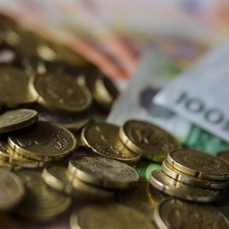 Los pagos en metálico se limitan a 1000€