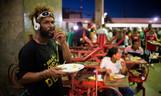 SP: Ação quer manter comida gratuita para pessoas em situação de rua