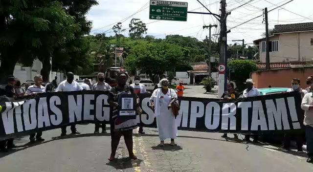 Ativistas pretos de Maricá pedem justiça para militante assassinado