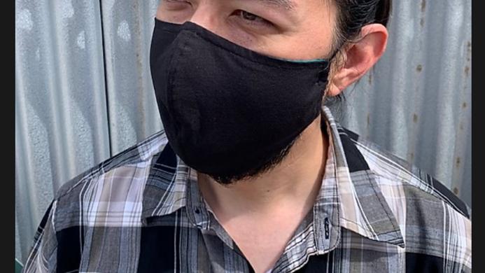 mask with filter pocket