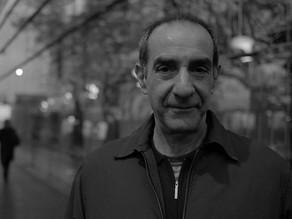 Un escritor que recuerda el futuro