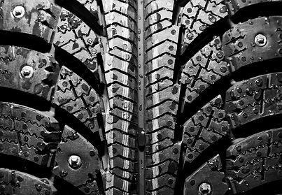 winter-tire-background-PK4GVAG.jpg