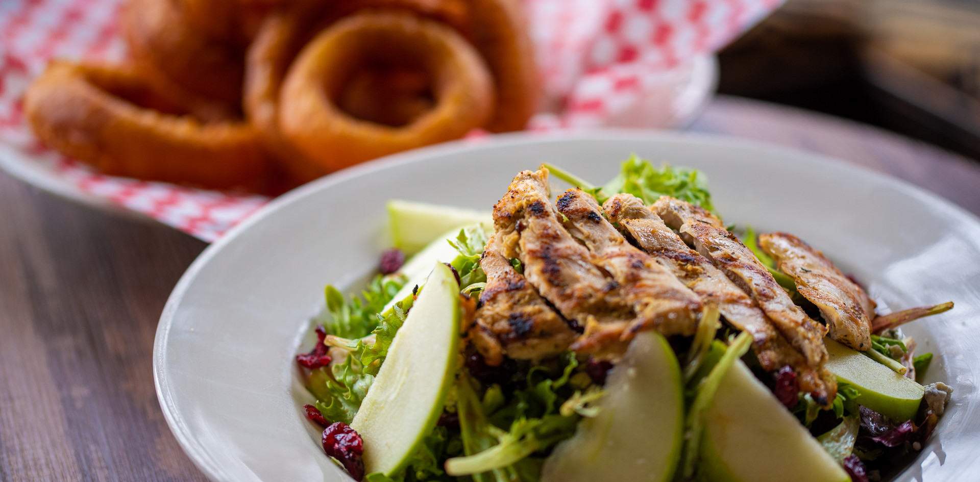 Harvest Grilled Chicken Salad & Onion Rings