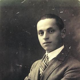 Faigie's father, Faiva (Philip) Schmidt