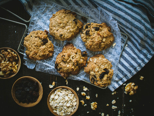 clouds of winter (and oatmeal raisin cookies)