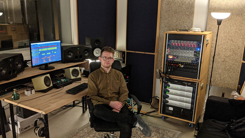 Frederik Uglebjerg producer music studio musikproducer