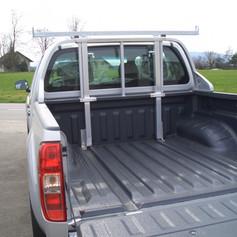 Ausziehbarer Stangenträger Nissan Pick-Up