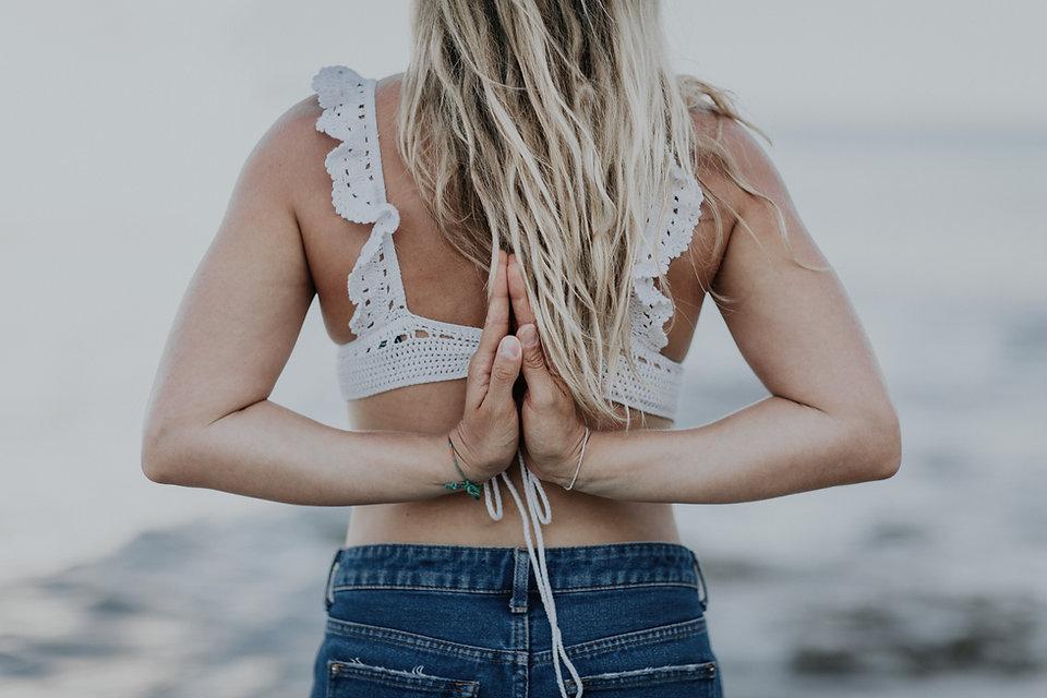 YogaNina_Golden_48.jpg