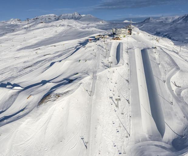20200215_LAAX_Snowpark_007-1500x1243.jpg