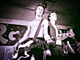 sid vicious and johnny rotten the sex pistols