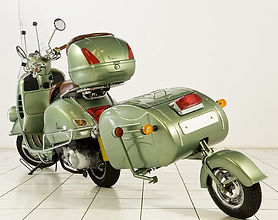 vespa scooter with trailer