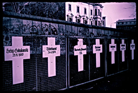 MEMORIAL TO PEOPLE KILLED TRYING TO CROSS BERLIN WALL- 1988